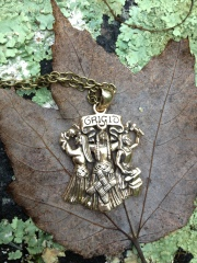 My Brigid medallion arrived just in time for me to wear!